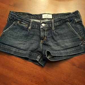 Abercrombie & Fitch sz. 4  for jean shorts